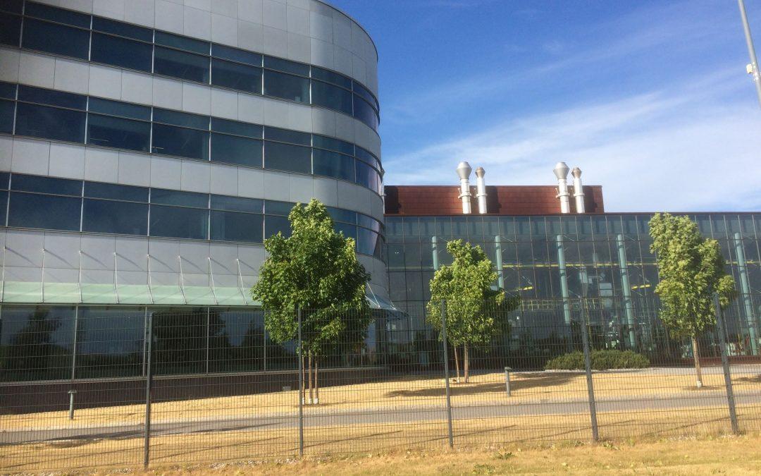 Paulig toimisto ja 3M Prestige aurinkosuojakalvot